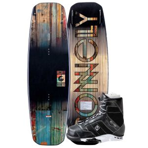 Connelly 2019 Woodro 146 w/ Cobra Wakeboard & Bindings Package